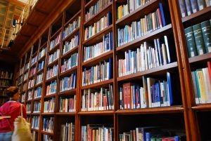 46969a99762c5 Назван лучший книжный магазин Москвы-2013 | Pro-Books.ru — Книжный ...