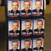Мемуары Тони Блэра в Британии пошли нарасхват