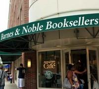 Сеть Barnes & Noble сократила квартальный убыток вдвое