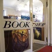 В Британии за год закрылись более тысячи книжных магазинов