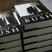 Седьмая часть тиража мемуаров Буша разошлась в первый день продаж