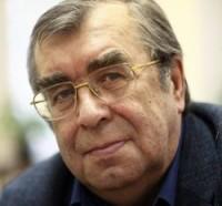 Сергей Чупринин: «В России читают все меньше, зато пишут все больше»