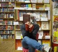 Объем продаж печатных книг в США сократился за год в штуках на 9%