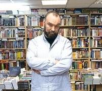 Interview — Борис Куприянов: «Куда лучше, чтобы люди собирались и говорили о жизни в библиотеках, чем в поликлинике»