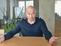 Олег Новиков: «Книжный бизнес не менялся 500 лет, а тут пять лет, и мы на переднем рубеже»
