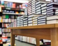 Продажи печатных книг в Британии упали на 5% в 2012 году