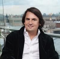 Рустам Тарико: история успеха