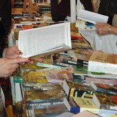 Две майские книжные ярмарки не ужились в Варшаве