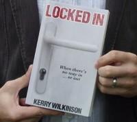 Самый успешный независимый автор е-книг в Британии сдался традиционному издателю